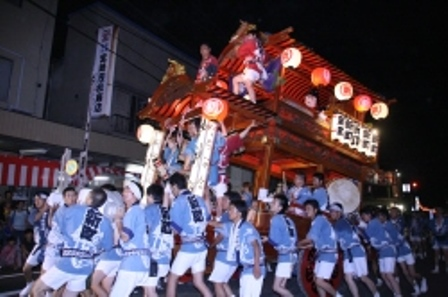 niitsu-yatai