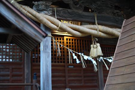 中腹・稲荷神社