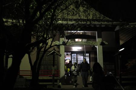夜の高森薬師堂2