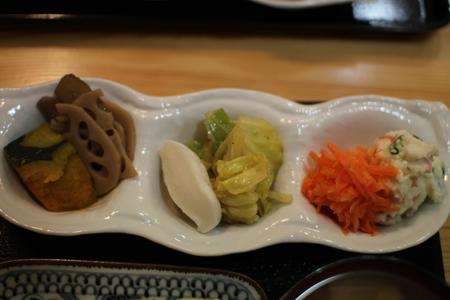 惣菜ダイニング雉や夜弁当9
