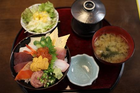 海鮮丼ランチ(1,000円)1@旬彩まる田