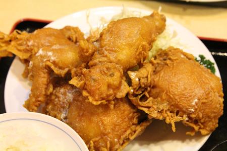 0とりかん(五泉市):小間切れ・四つ切(鶏肉のから揚げ)