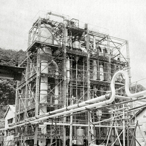 鹿瀬タイムズ-工場BW